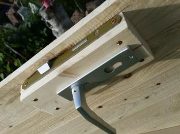 Holztür mit Rahmen für's Stallgebäude Holztür bauen, Tür