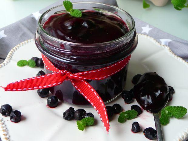 Leśne jagody w żelu możesz dodać do naleśników, gofrów itp. Ciesz się smakiem jagód także podczas zimy!
