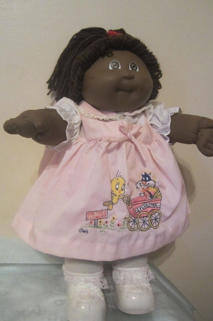 Vtg 1978 1982 Black Cabbage Patch Doll Original Outfit and 4 Additional Dresses | eBay