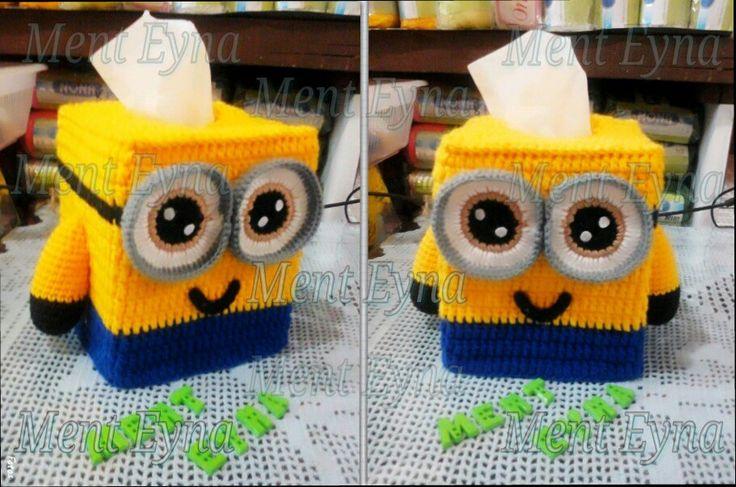Minion tissue box cover, crochet