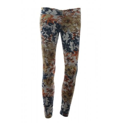 #Leggings #Brazilian Butt with back ruched are the perfect way to stay fashionable and comfortable to wear. These are great for any occasion and nice color combination! Order at http://riofitness.com.au