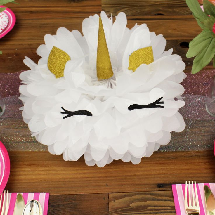 How to create a unicorn party centerpiece