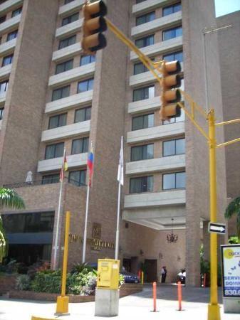 JW Marriott Hotel Caracas. School Bus Stop for the kids.
