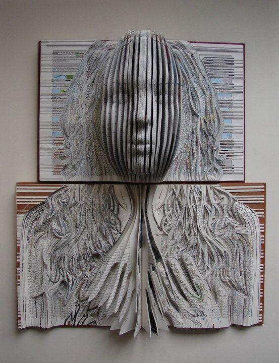 Paper + Book + Art | 紙 + 著作 + アート | книга + бумага + статья | Papier + Livre + Créations Artistiques | Carta + Libro + Arte | Emma Lloyd - Book Artist