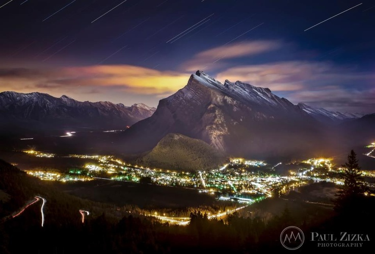 In honour of the Banff Mountain Film Festival that's on this week, we present you this spectacular view of #Banff by Paul Zizka Photography. #ExploreCanada