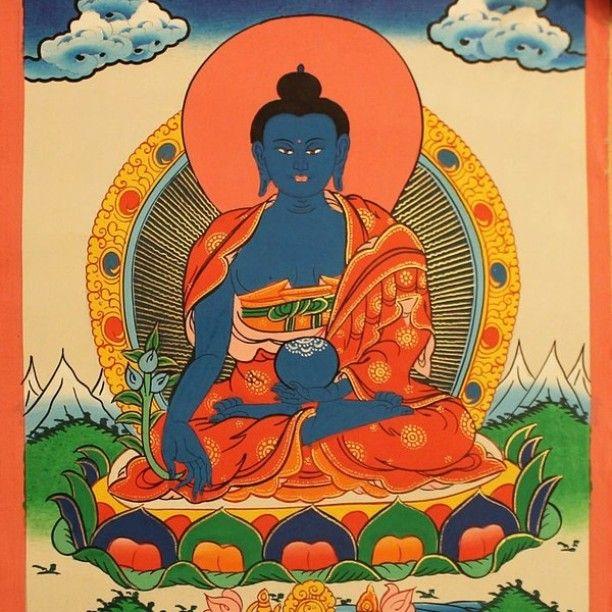 #medicinebuddha #buddha #buddhist #thangka #painting #handmade #nepal #tibet @samadhishopcom