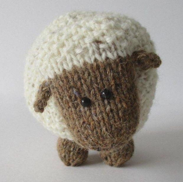 knitting: Moss the Sheep by Amanda Berry on the LoveKnitting blog