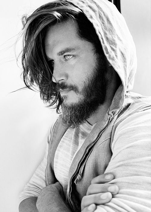 Handsomeness & Masculinity Gathered In One & Only Man. #TravisFimmel