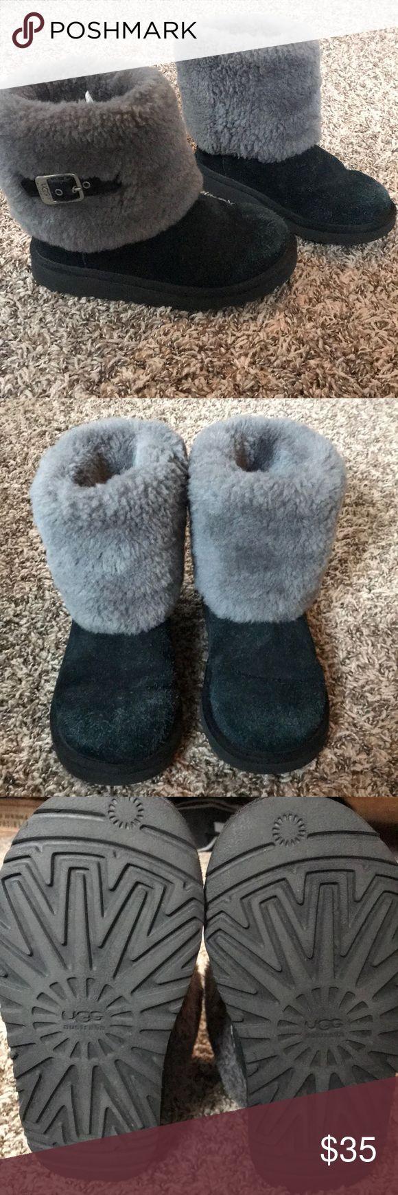 Girls Ugg boots size 2 Gently used girls black with grey Ugg boots size 2. UGG Shoes Boots