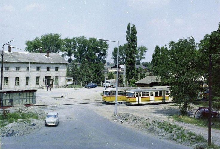 Pulz utca, az 1-es villamos végállomása a Szeged-Rókus vasútállomásnál.