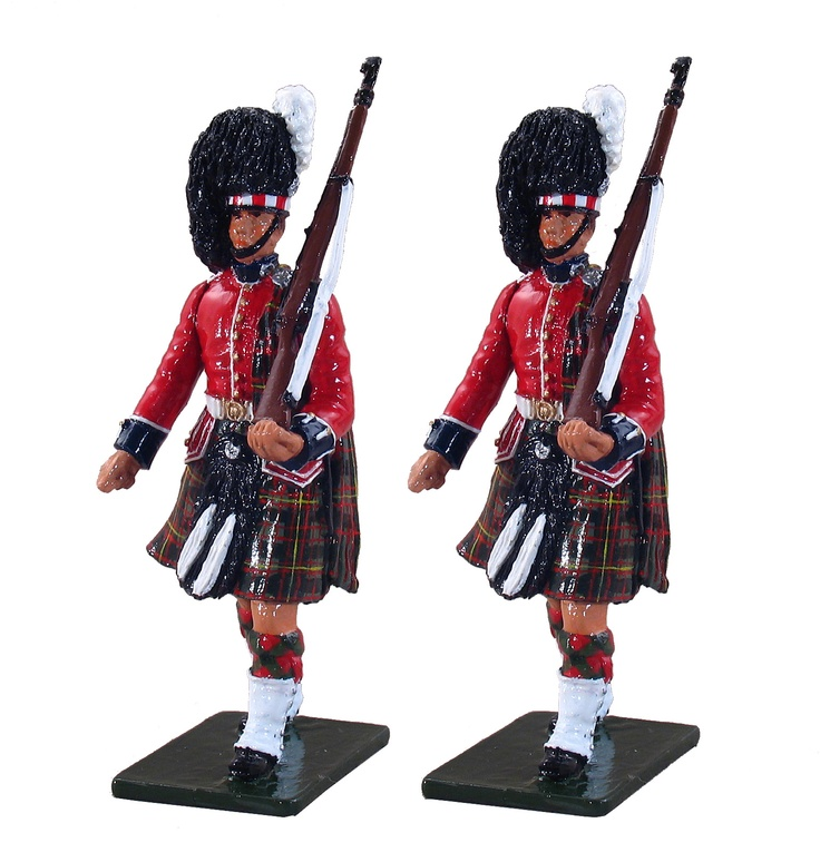 William Britain's toy soldiers: parading highlanders