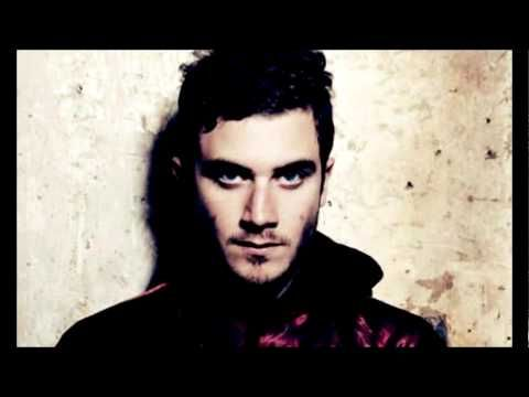 ▶ Nicolas Jaar - Why Didn't You Save Me - YouTube