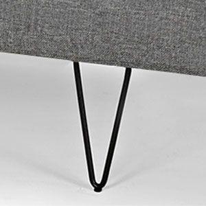 Modern och snygg bäddsoffa /dagbädd från danska Innovation för en person. Den har en pocketspring madrass av hög kvalitet för en bekväm sits och sömn. På dagen en soffa/dagbärr/divan och på natten en extra säng. Till bädden/soffan kommer också en tillhörande kudde.