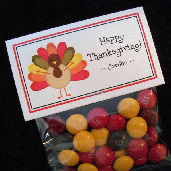 Personalized Thanksgiving Party Favor Bag Label Set,  turkey, set of 10 labels and bags.  via Etsy.