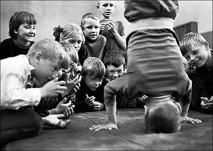 a bet. photo by Vladimir Rolov