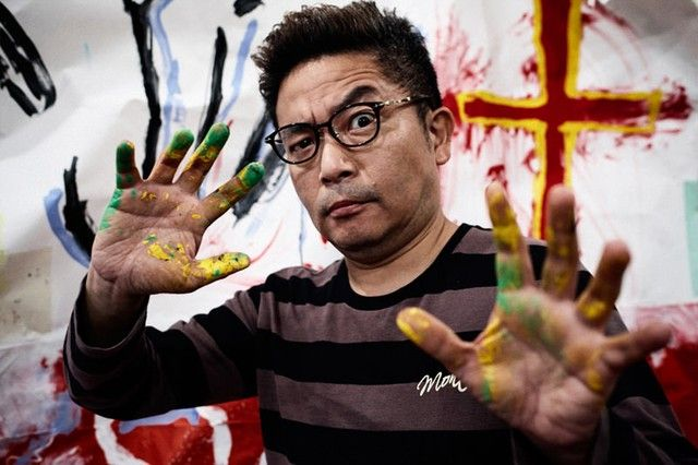 Sion Sono leveling-up his painting skills :)