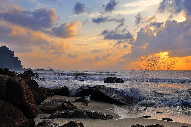 A New Day by  DocBudie, via Flickr ~ Teluk Chempedak, Kuantan - Negeri Pahang Malaysia