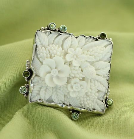 mars valentine vintage hand carved french ivory ring - Mars And Valentine