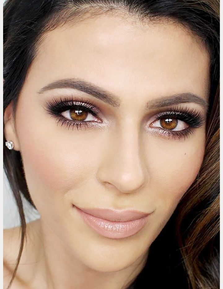 Whether you are going for a smokey, dramatic eye or soft and shimmery, a nude lipis the perfect finish for your bridal makeup look. The key is tochoose a shade with the rightundertonesand depth to complementyour skin tone so that it brightens your face and doesn't wash you out. Check out these sevengorgeous looks for …