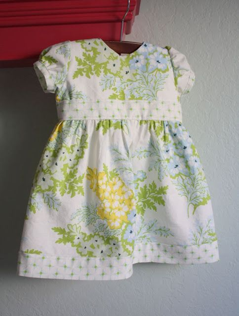 Ric Rac dress, Free sewing pattern and tutorial