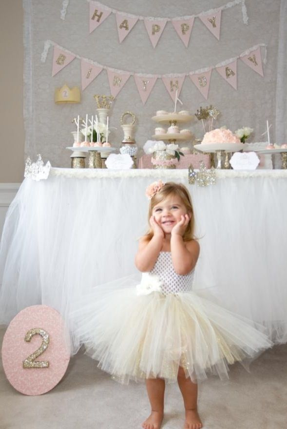 Popular Girl Party Ideas by candybuffet101.com