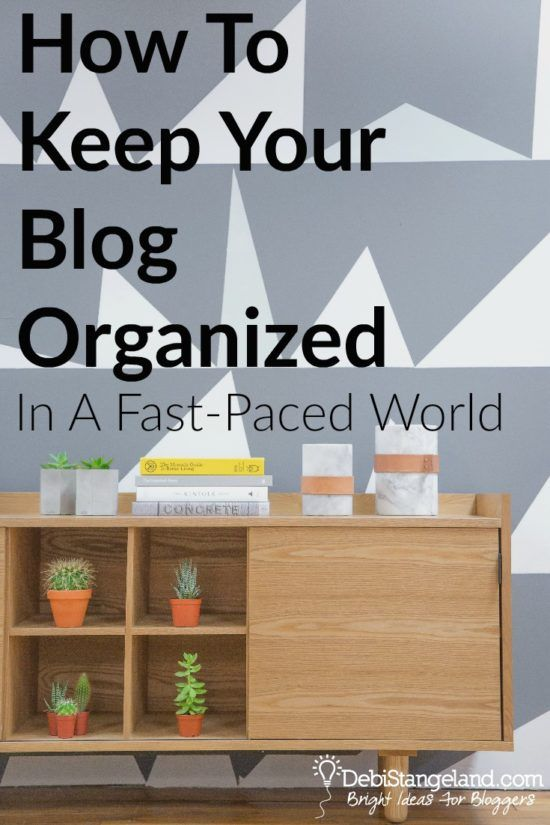 How To Keep Your Blog Organized In A Face-Paced World ★ With the right systems in place you can keep your blog organized in a very fast-paced world. Find what works for you but start by trying these tips for getting it together. ★ Learn HOW To Blog ★