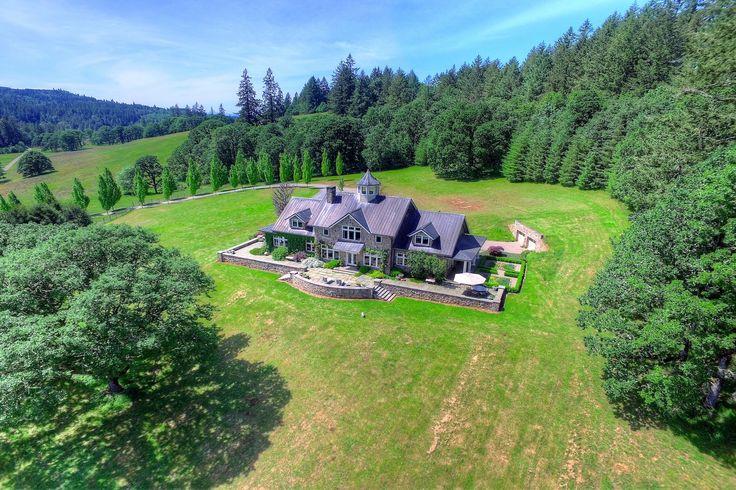 Angel Valley Farm residence in Scio, Oregon