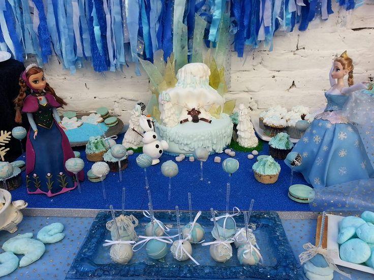 Elsa y Ana invitadas al cumpleaños de Frozen!