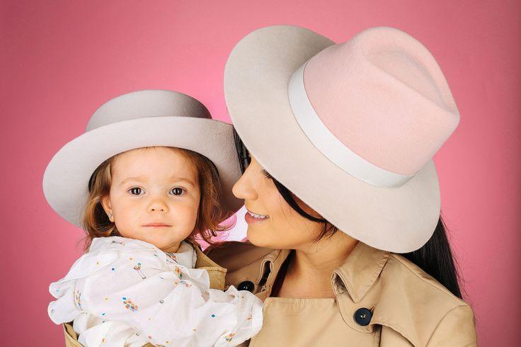 Женская нежно-розовая шляпа бренда MDWS. Съемка MDWS Faces
