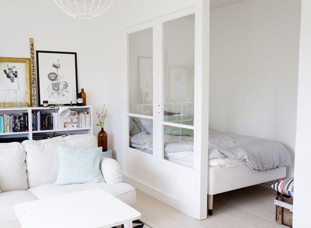 En sovalkov av gamla f nster ennui loft appartamenti for Appartamenti design
