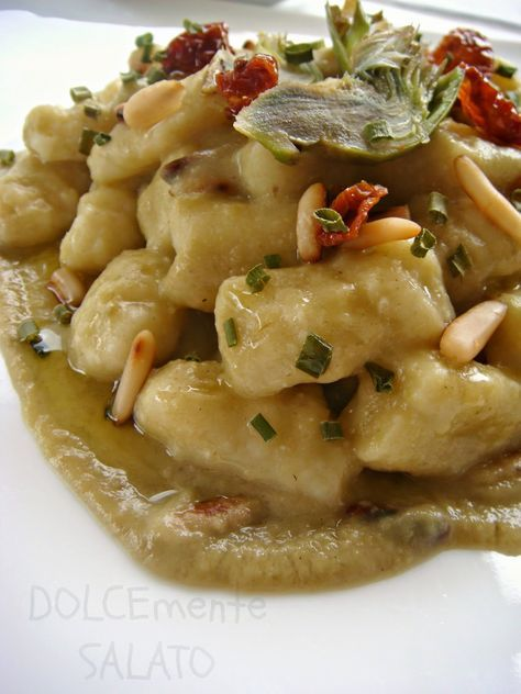 Ricordate gli gnocchi di ricotta in salsa di zafferano? Mi erano talmente piaciuti (ricetta di Montersino) che ho deciso di replicarl...