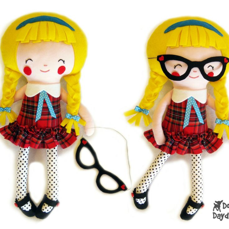Dolls And Daydreams / Schoolgirl Sewing Pattern