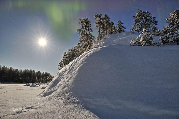 Kuutamo Pielisellä.Moonlight in lake Pielinen. Photo Ismo Pekkarinen #pielinen #talvi #landscape #suomi #luonto #winter #maisema #finland #nature