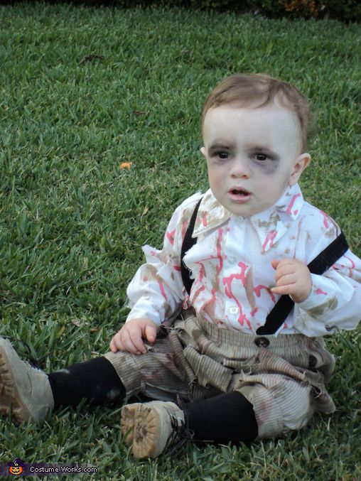 Zombie Baby Costume - Halloween Costume Contest via @costumeworks