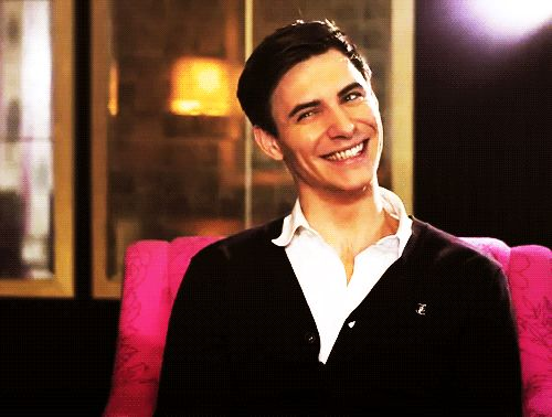 I like the silver hair but Harry Lloyd's creepiness is pretty hot here.