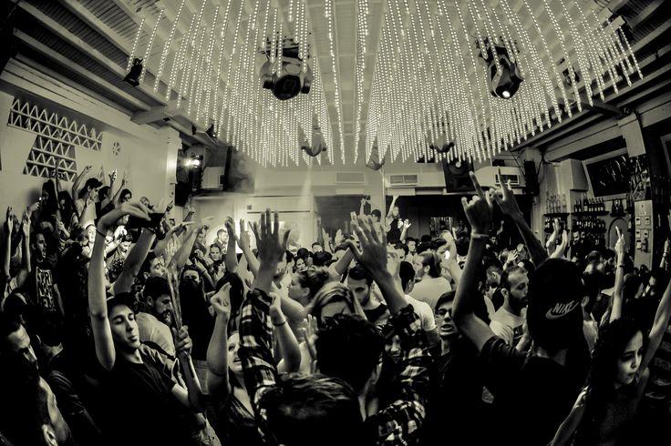 #Mykonos-Nightlife In Full Effect! By #Skandinavian-Bars-Disco #Mykonos-vida-nocturna #mykonos #Mykonos-party #Mykonos-Clubs