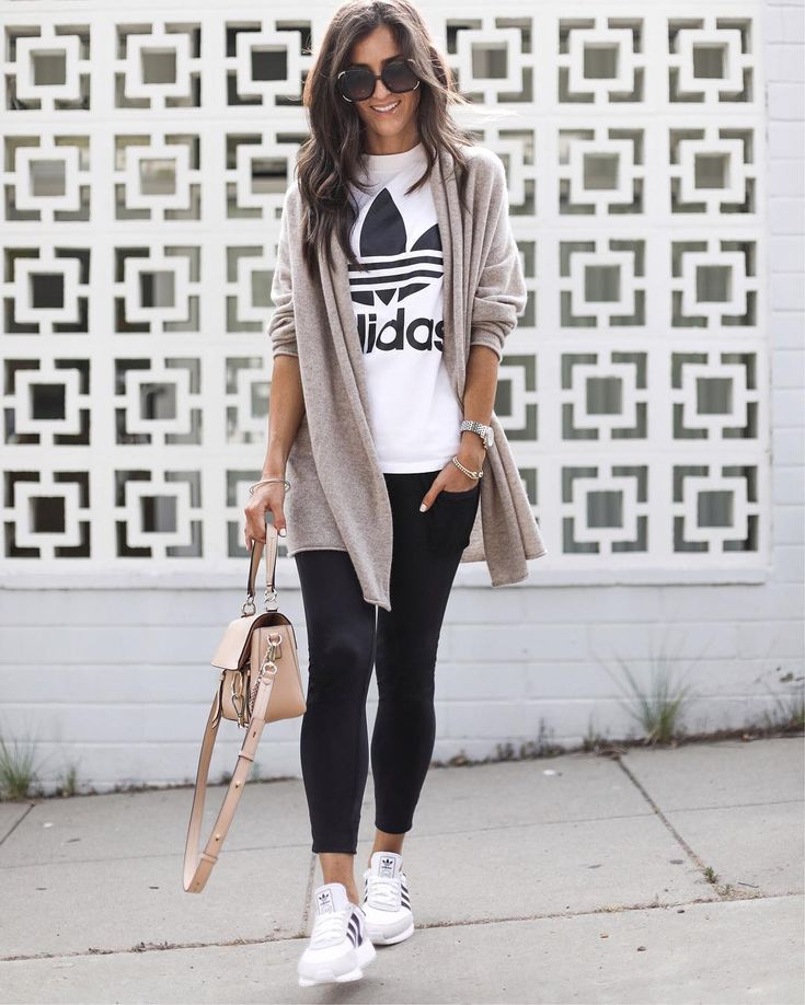 These jersey leggings have pockets … they're on sale until Sunday, then …   – MODE