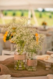 Simple Centerpieces with the burlap on a round table/Use a combination of rounds and banquet tables