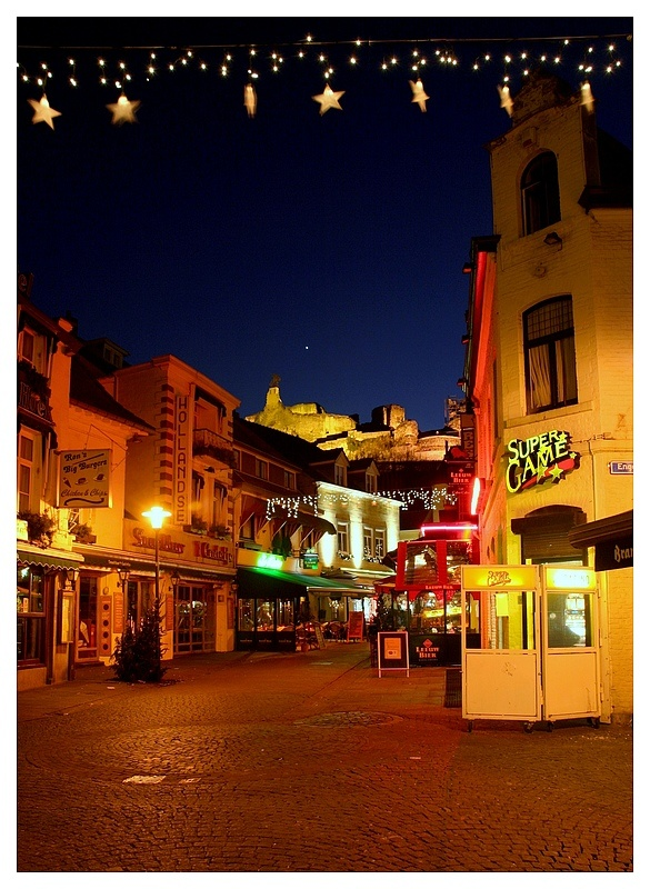 Evenings spent in bars with live music and xmas markts in caves in Valkenburg, Netherlands