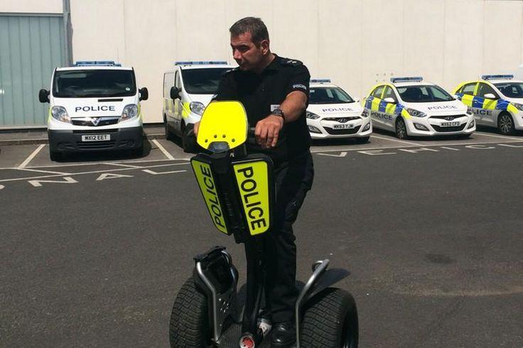 Manchester Police möchte Segway PT anschaffen http://www.manchestereveningnews.co.uk/news/greater-manchester-news/manchester-police-could-use-segways-7480558