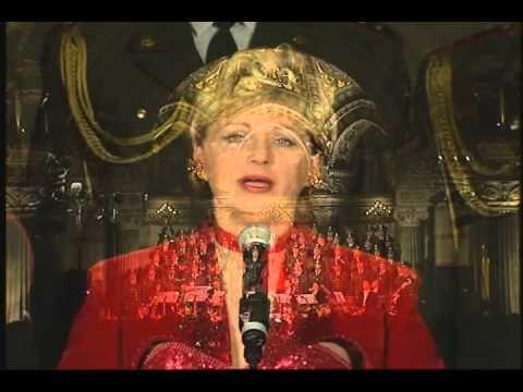 Jeane Manson & les Choeurs de l'Armee Rouge chantent NOEL: Ave Marie