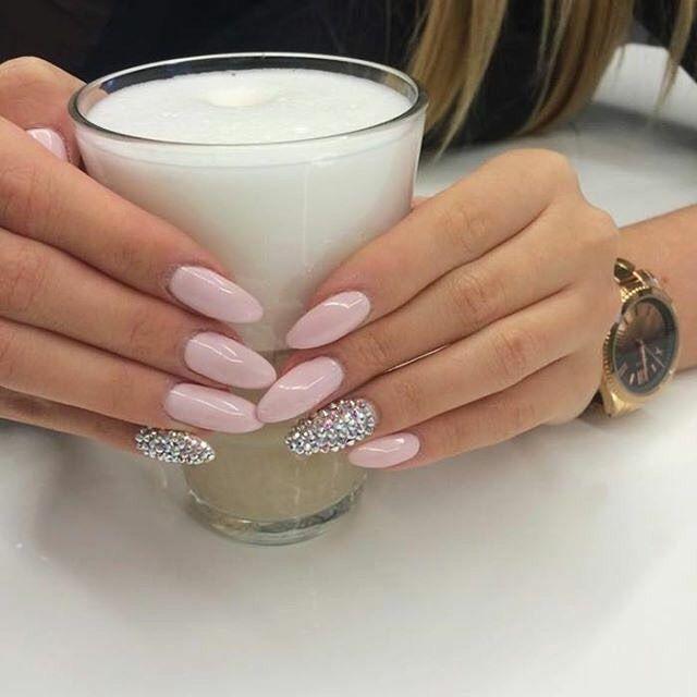 Dzisiaj Międzynarodowy Dzień Kawy ☕️ + pastelove paznokcie + cyrkonie  ⋅  SPN UV LaQ 585 Lilac Longing…