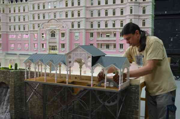 grand-hotel-budapest-behind-the-scenes-9