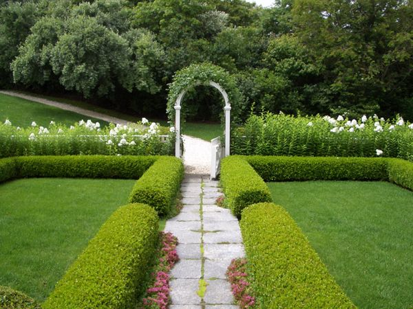 38 best images about beautiful gardens on pinterest for Formal landscape design