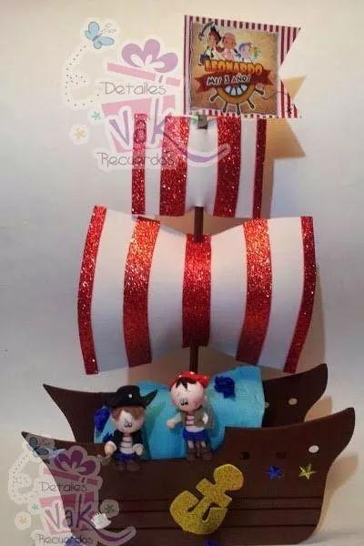 centro-d-mesa-barco-pirata-dulceros-infantiles-mdf-y-pasta-D_NQ_NP_441315-MLM25211987495_122016-F.webp (400×600)