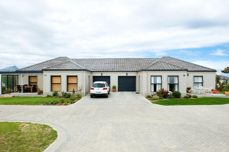 Retirement Home - Exterior Home