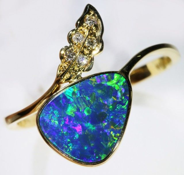 Gold Opal Doublet Rings 10 x 8 x 2mm 1.6 carats Opal Auctions