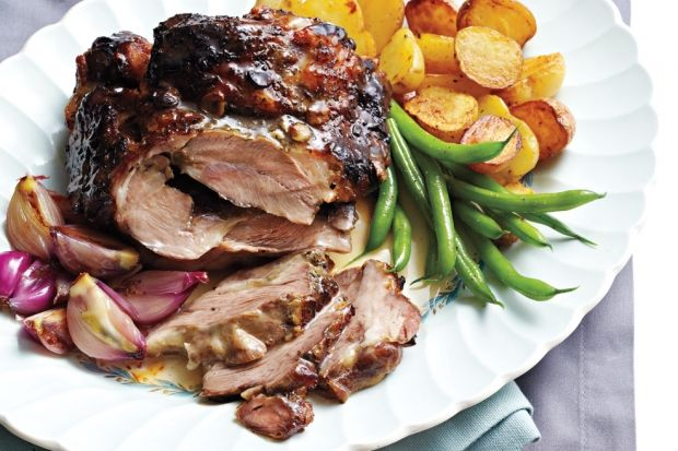 Slow Cooker Lemon-Honey Lamb Shoulder: Sweet honey and tender shallots mellow the typically strong flavour of lamb shoulder. Serve with roasted potatoes and steamed greens for a complete meal.