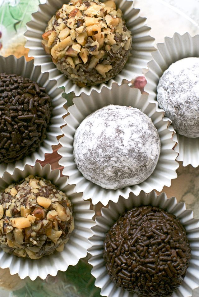 Chocolate Rum Balls are 5-ingredient no-bake sweet treats made with velvety melted chocolate and spiced rum.