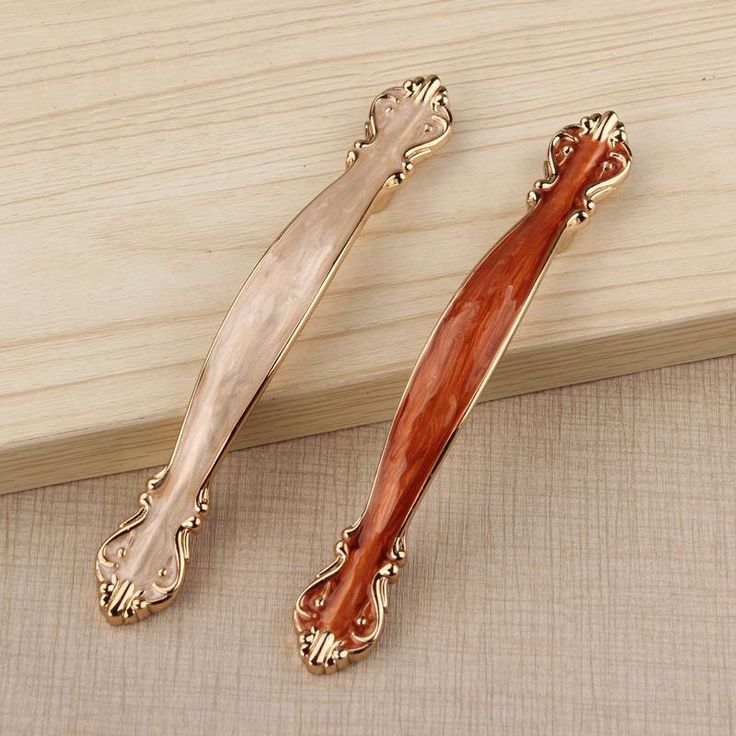 French Provincial Kitchen Door Handles: 1000+ Images About Dressers And Cabinets On Pinterest